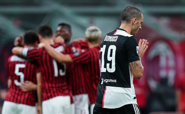 Il Milan cala il poker ed impallina la Juventus.