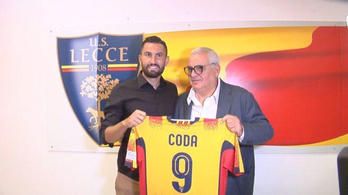 Lecce, in testa Coda