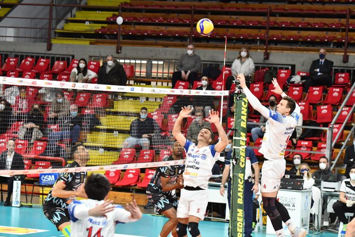 Volley, Quarti di finale per lo scudetto