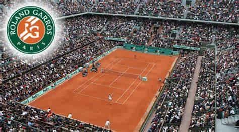 Roland Garros impietoso, già cadute due teste di serie